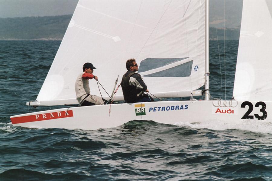 Mondiale Star 2004 Torben Grael in regata.